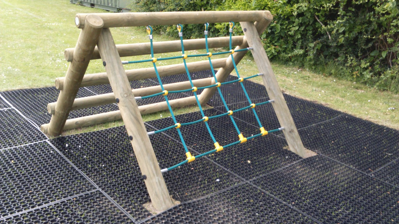 Quicknets - Replacement ropes and nets for your play equipment